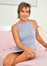 Anilos - Mature Squirter Featuring Lillian Tesh. (photos)